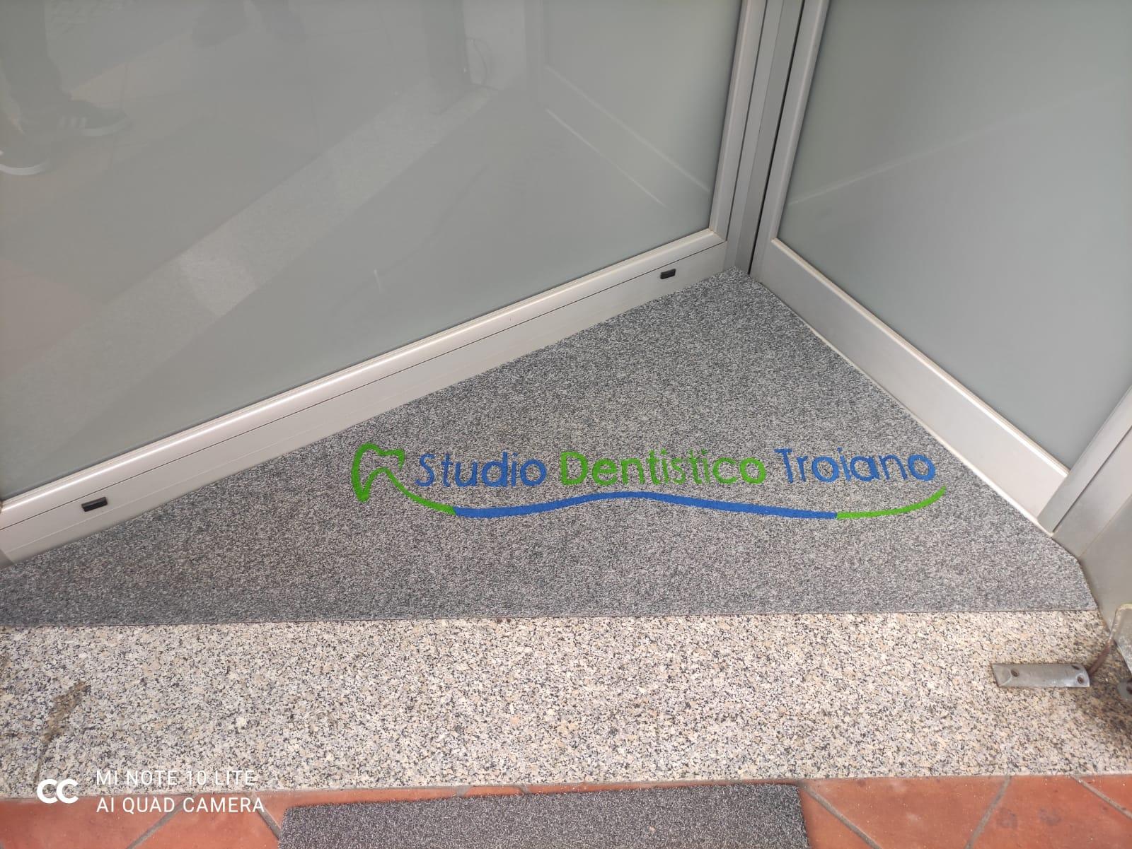 Zerbini personalizzati Salerno – Alcuni esempi di zerbini personalizzabili per i clienti di Salerno